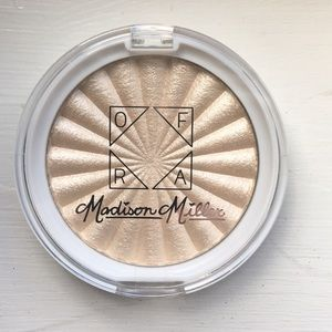OFRA Highlighter Full Size Madison Miller